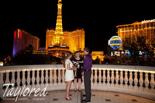places to get married - Bellagio Fountains - taylored photo memories