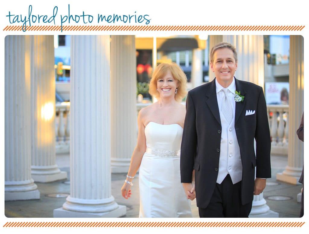   Las Vegas Elopement Photographer   Elope in Vegas