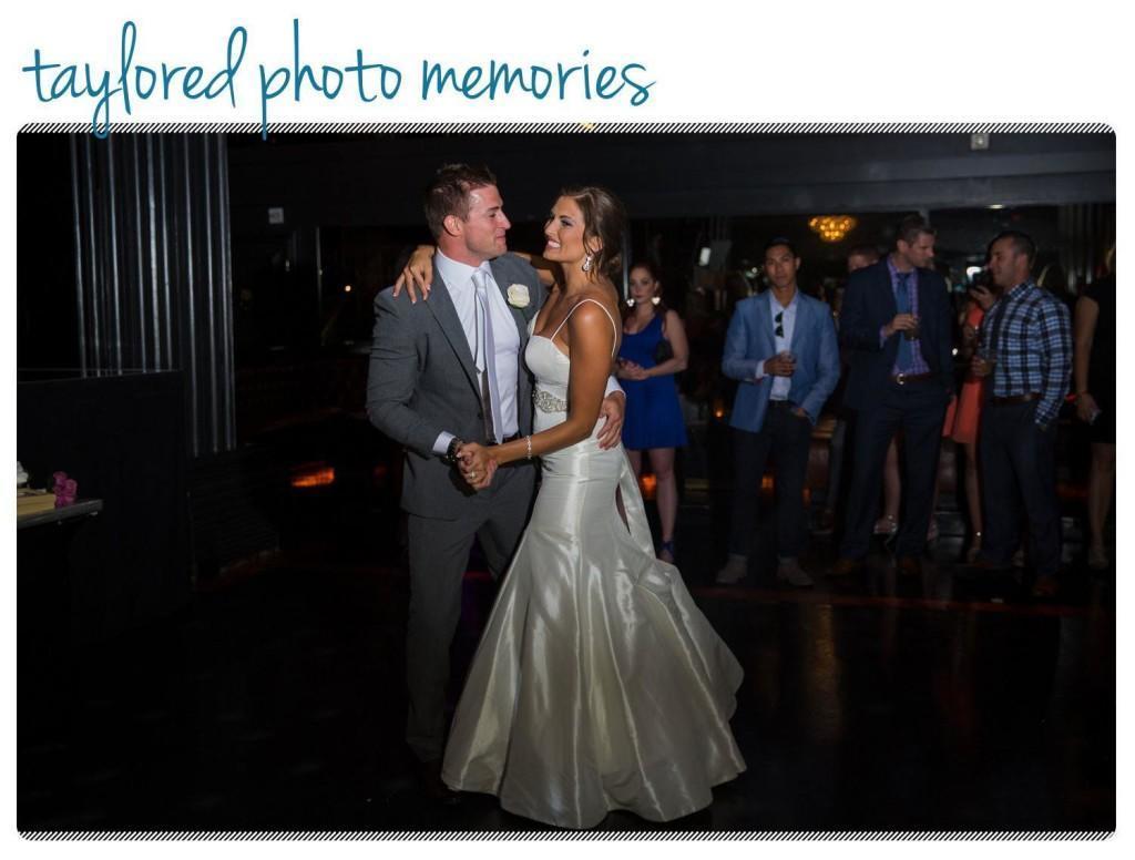 Las Vegas Wedding Photographer   Mandalay Bay Wedding in Las Vegas   Las Vegas Wedding at Hard Rock