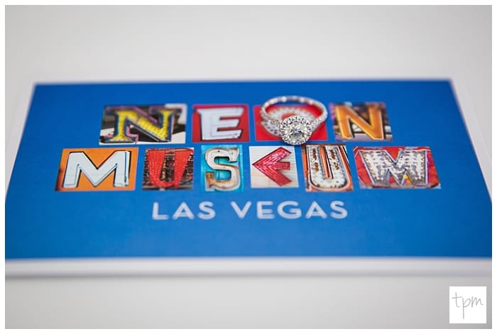 neon-museum-wedding-las-vegas_017