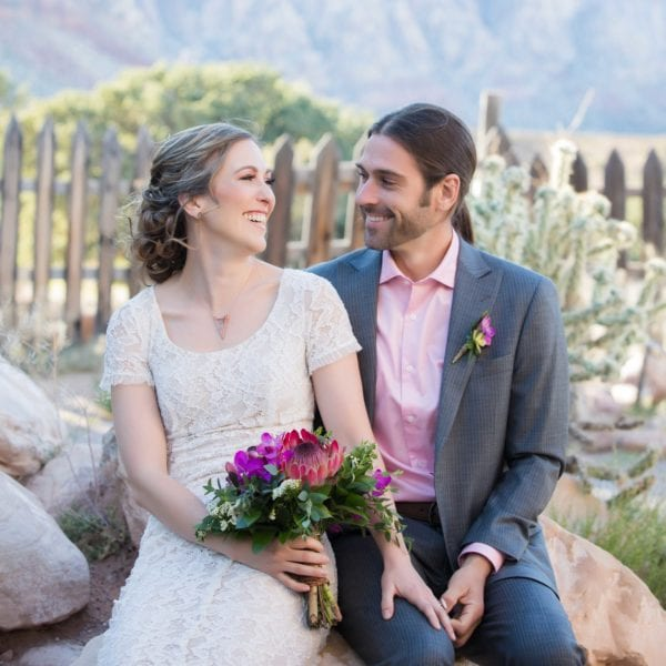 desert wedding at bonnie springs